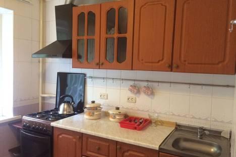 Сдается 1-комнатная квартира посуточнов Сочи, ул. Роз14.