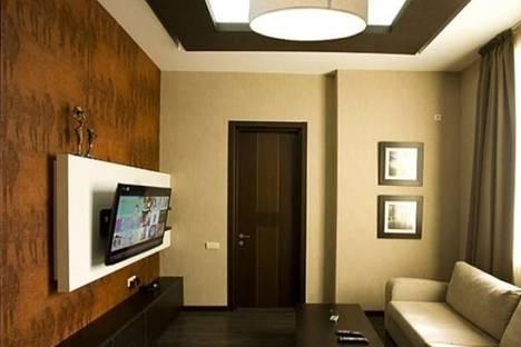 Сдается 3-комнатная квартира посуточно, Кипшидзе, 3.