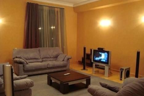 Сдается 5-комнатная квартира посуточно в Тбилиси, Кипшидзе, 20a.