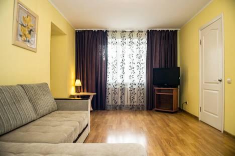 Сдается 2-комнатная квартира посуточно в Перми, Газеты звезда 33.