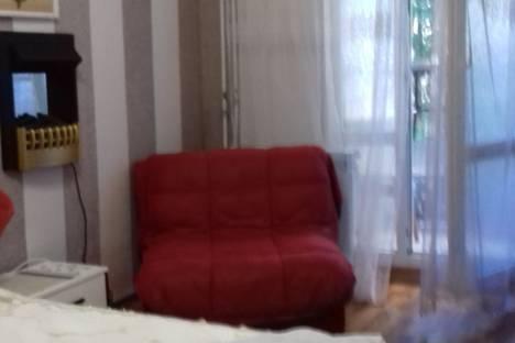 Сдается 1-комнатная квартира посуточно в Севастополе, улица Лермонтова, 6 Центр..