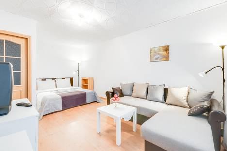 Сдается 1-комнатная квартира посуточнов Санкт-Петербурге, Искровский проспект, 23к1.