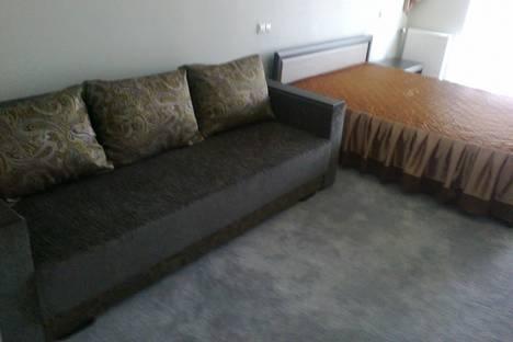 Сдается 1-комнатная квартира посуточно в Алуште, Краснофлоцкая 1.