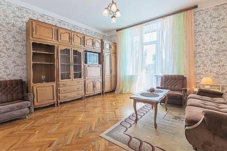 Сдается 1-комнатная квартира посуточнов Санкт-Петербурге, Типанова, 6.