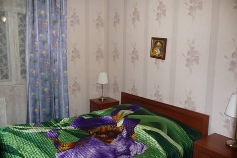Сдается 2-комнатная квартира посуточнов Санкт-Петербурге, ул. Кораблестроителей, 39.
