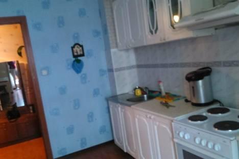 Сдается 2-комнатная квартира посуточно в Бердске, Карла Маркса, 22.