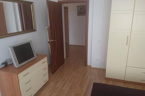Сдается 1-комнатная квартира посуточнов Екатеринбурге, ул. Белинского, 41.