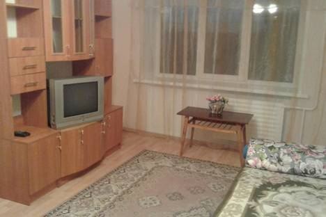 Сдается 3-комнатная квартира посуточно в Ижевске, Ул.Карла Маркса 393.
