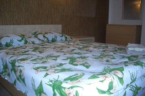 Сдается 2-комнатная квартира посуточнов Риге, пл. Республиканцев, 3.