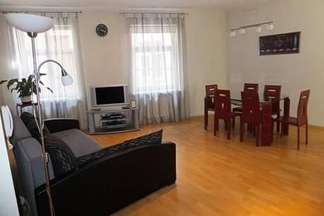 Сдается 2-комнатная квартира посуточно в Риге, Тиргоню, 17.