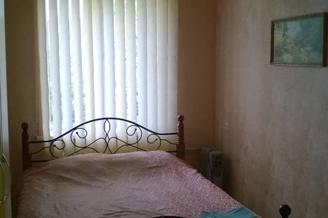 Сдается 2-комнатная квартира посуточно в Симферополе, Павленко 16.