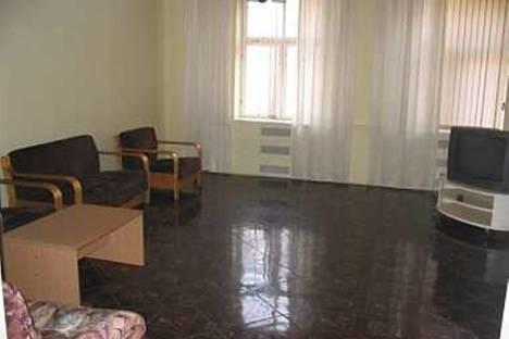Сдается 4-комнатная квартира посуточнов Риге, П.Бриежа, 4.