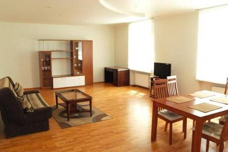 Сдается 2-комнатная квартира посуточно в Риге, Кр.Барона, 52.