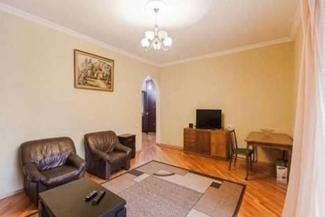 Сдается 3-комнатная квартира посуточно, Казбеги, 24.