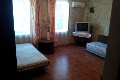 Сдается 2-комнатная квартира посуточно, 50 лет Октября, 12-10.