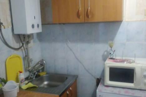 Сдается 1-комнатная квартира посуточно в Севастополе, улица Героев Подводников.
