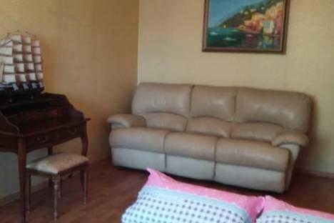 Сдается 2-комнатная квартира посуточно в Хабаровске, улица Чехова, 2.