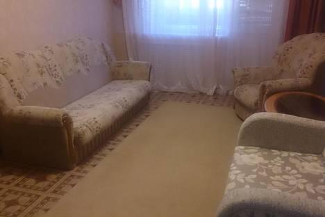 Сдается 1-комнатная квартира посуточно в Усинске, ул. Комсомольская, 3.