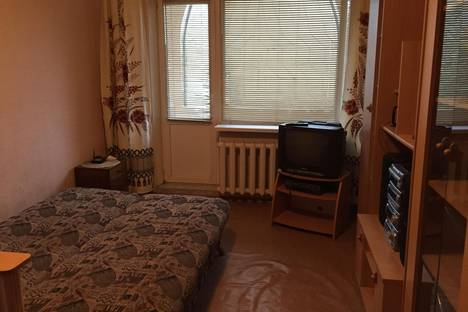 Сдается 1-комнатная квартира посуточно в Керчи, Гагарина 1.