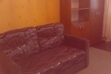 Сдается 1-комнатная квартира посуточно в Ильичёвске, ул1 мая 7а.