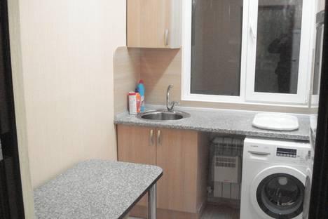 Сдается 1-комнатная квартира посуточнов Сыктывкаре, ул. Коммунистическая, 79.
