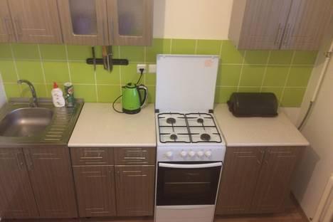 Сдается 1-комнатная квартира посуточно в Салехарде, ул. Зои Космодемьянской 63.