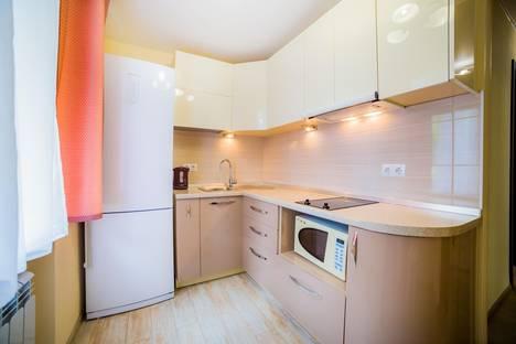 Сдается 2-комнатная квартира посуточно во Владивостоке, ул. Тигровая, 22.