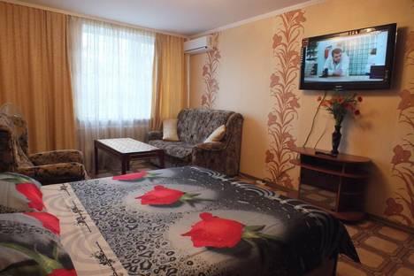 Сдается 1-комнатная квартира посуточнов Санаторном, Хрусталева, 97.