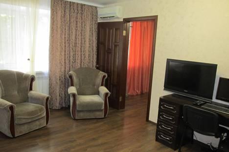Сдается 2-комнатная квартира посуточнов Воронеже, ул. Кольцовская, 36.