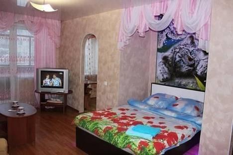 Сдается 1-комнатная квартира посуточнов Сыктывкаре, Октябрьский проспект, 26.