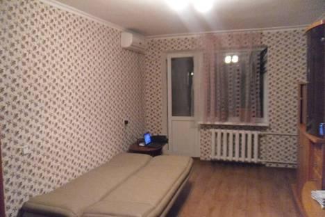 Сдается 2-комнатная квартира посуточно в Симферополе, Семашко, 5.