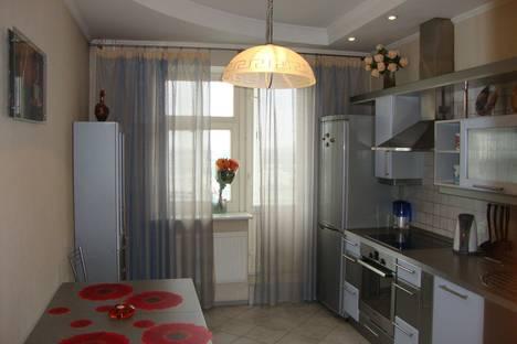 Сдается 2-комнатная квартира посуточно в Санкт-Петербурге, Коломяжский проспект, 20.