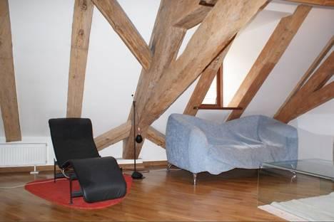 Сдается 2-комнатная квартира посуточно в Риге, ул. Вецпилсетас, 8.