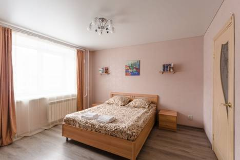 Сдается 2-комнатная квартира посуточнов Вологде, Петина 8а.