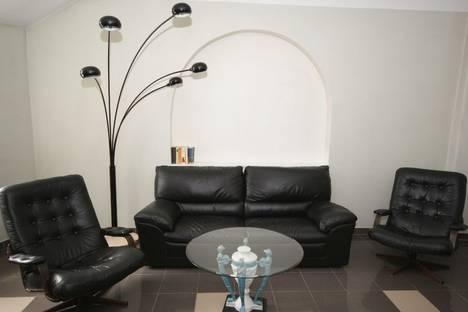 Сдается 2-комнатная квартира посуточно в Риге, Скарню, 9.