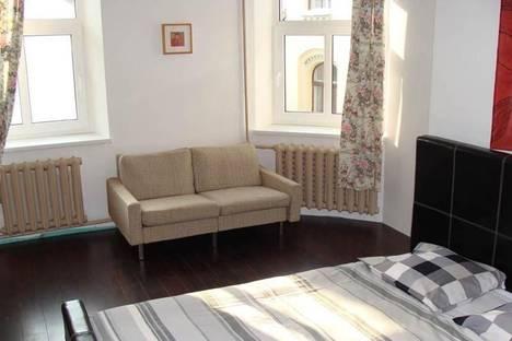 Сдается 2-комнатная квартира посуточно в Риге, Маза Смилшу, 10.