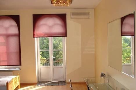 Сдается 3-комнатная квартира посуточно в Риге, бул. Аспазияс, 30.