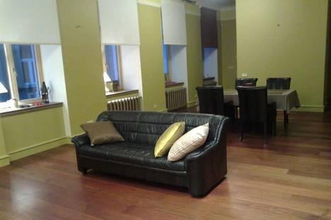 Сдается 4-комнатная квартира посуточно в Риге, Миесниеку, 14.