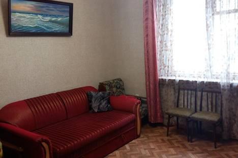 Сдается 2-комнатная квартира посуточно в Ялте, Бирюкова 10/17.