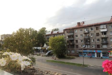 Сдается 1-комнатная квартира посуточнов Череповце, ул. Ленина, 99.