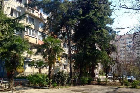 Сдается 2-комнатная квартира посуточнов Сочи, Лазаревский, улица Победы, 113.