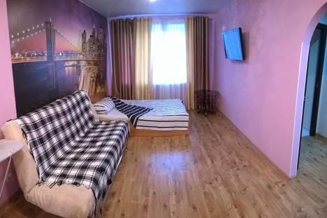 Сдается 1-комнатная квартира посуточнов Кирове, ул. Розы Люксембург, 62.