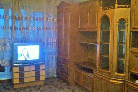 Сдается 2-комнатная квартира посуточно в Ельце, ул. Маяковского, 14.