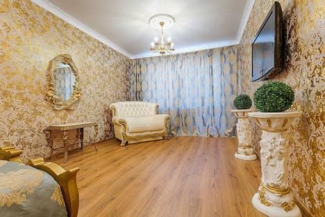 Сдается 1-комнатная квартира посуточно в Челябинске, ул. Университетская Набережная, 34.