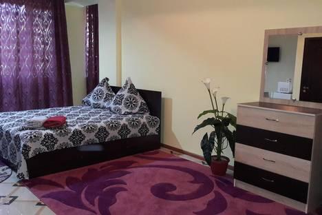 Сдается 1-комнатная квартира посуточно в Алматы, Кашгарская ул., 7.