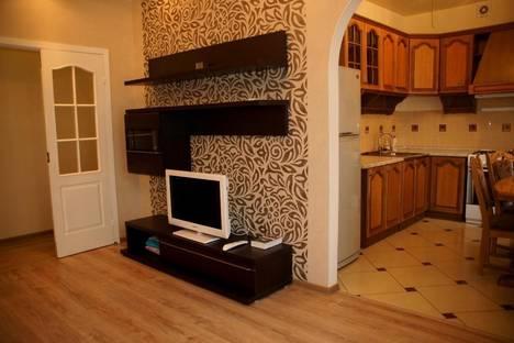 Сдается 3-комнатная квартира посуточно в Волгограде, Советская 15.