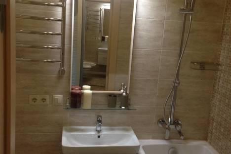 Сдается 1-комнатная квартира посуточно в Перми, Мира 25.