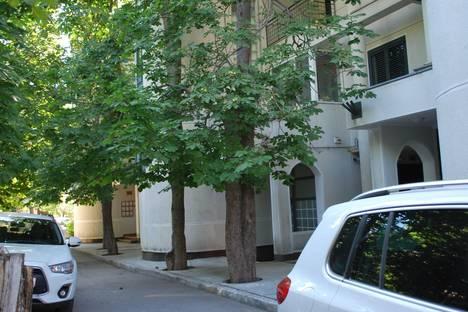 Сдается 2-комнатная квартира посуточно в Гаспре, Маратовская 29.