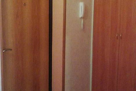 Сдается 1-комнатная квартира посуточнов Ижевске, ул. 10 лет Октября, 4.