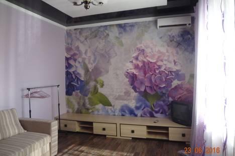 Сдается 2-комнатная квартира посуточно в Алуште, Верхняя, 11-4.